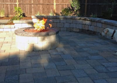 Firepit Seating - Wall Pavers