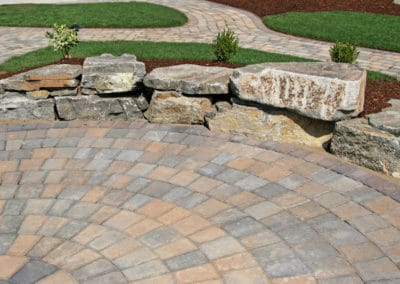Paver Patio Entertaining Area with Avison Boulder Seats