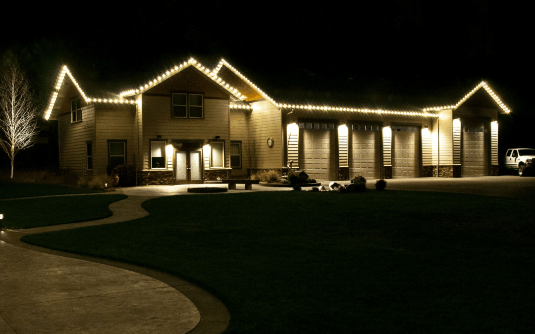 Holiday Lights Decor Service in Salem, Oregon