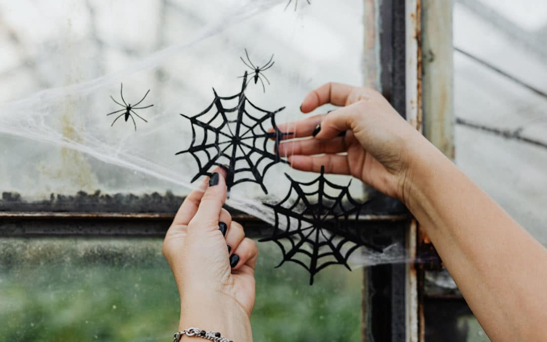 5 Scary Good DIY Halloween Decorations